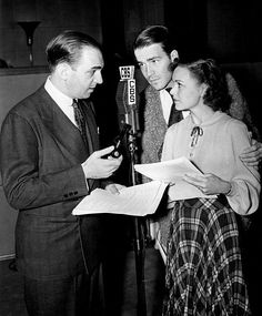 Photo of Santos Ortega as Inspector Queen (father of Ellery), Hugh Marlowe as Ellery Queen and Marian Shockley as Ellery's asistant, Nikki, from the radio program The Adventures of Ellery Queen.