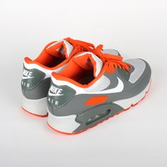 Nike x Staple Design Air Max 90 Pigeon