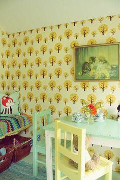 hous decor, child room, ralfefarfar paradi, color schemes, backgrounds, painted chairs, kid rooms, children, wallpap