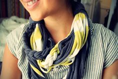 Use black and gold t-shirts to make a #Purdue #DIY t-shirt scarf to show your school spirit!