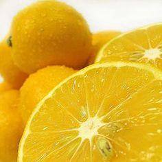 lemon juice & aspirin face mask. so easy, so good for your skin.