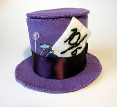 i love this mad hatter's hat!