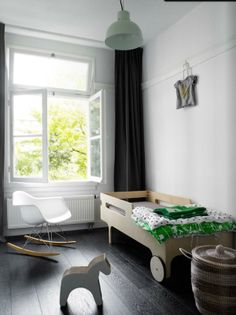 R toddler bed from www.bodieandfou.com
