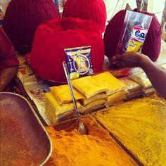 #turmeric #vermilion powder #kumkum #kumkumam #mylai #mylapore #chennai #madras #tamilnadu #india #kapali #kapaleeswarar #kovil #temple     http://biocurmin.blogspot.com/2013/03/tac-dung-cua-nghe-trong-dieu-tri-viem-hang-vi-da-day.html