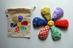 Lazy Daisy Bean Bags with Bag