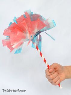 4th of July Coffee Filter Fireworks Pom Poms | TheSuburbanMom