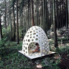 Japanese architect Kazuya Morita's #Concrete Pod House, a #micro-space for private and public use made of extremely thin fiber reinforced concrete,  a mixture of white cement, light-weight aggregate, and glass fiber. This concrete house makes is indoor and outdoor at the same time...
