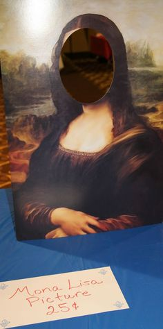 France Booth - Mona Lisa Display fun photo op idea #World Thinking Day