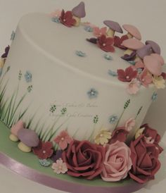 Pretty Christening - by ShereensCakes @ CakesDecor.com - cake decorating website