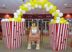 Carnival Popcorn Arch