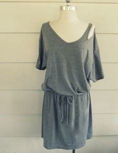 DIY t-shirt Summer Dress or DIY swimsuit coverup - wobisobi #refashion