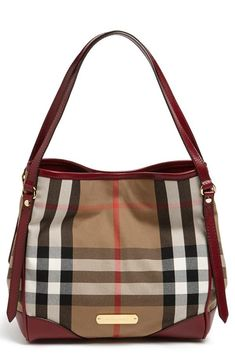 In love with the classic Burberry print on this tote.