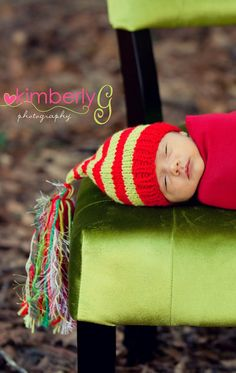 Newborn Boy Girl CHRiSTMAS Hat Baby PHoTO PRoP by MadAboutColour