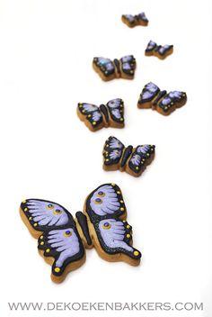 Enchantingly sweet butterfly cookies. #butterflies #purple #cookies #decorated #food #baking #dessert #cute