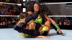 Naomi vs Cameron