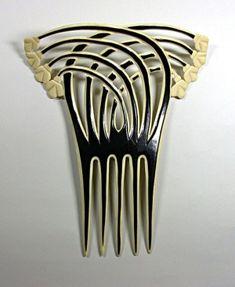 Art Deco hair comb