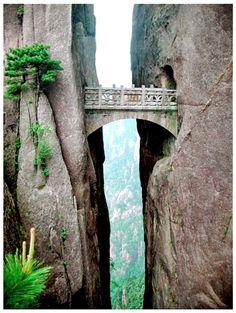 WORLD'S HIGHEST BRIDGE - The Bridge of Immortals, Huanghsan, China
