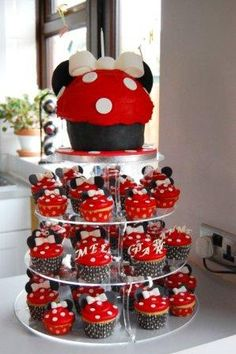 cupcake cake designs for teenage girls | Cupcake Gallery - Cakes and Cupcakes in Chelmsford Essex - Weddings ...