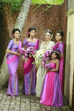 a group with many flower girls | Kandyan Bridal Party ...