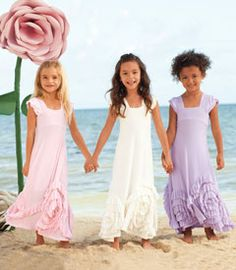 ooooooo my goodness: Rosy Ruffles dress - Chasing Fireflies  must have for ladys' beach pics <3