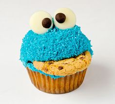 How to make: Cookie Monster cupcakes!