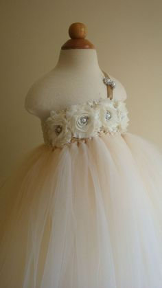 Cute for the flower girls..