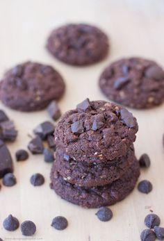 Chewy Dark Chocolate Oatmeal Cookies