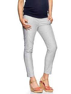 A great in-between pant. Pair easily with a navy top or pop with a bright color like red, orange, or coral.  Skinny mini striped pant | Gap