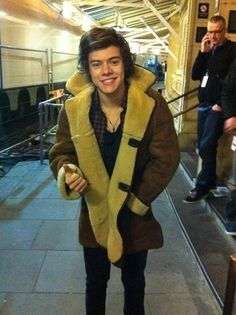 Harry today! that jacket looks comfy!