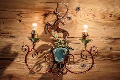 Applique a 2 luci in ferro battuto decorato a mano