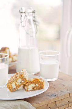 Blondies & Milk