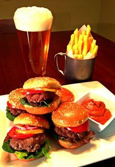 #Elk Sliders w/ Roasted Bell Pepper #Ketchup