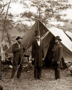 Antietam, Maryland  Allan Pinkerton, President Lincoln, and Major General John A. McClernand in 1862.
