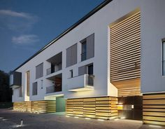 Residencial-Commercial Building In Azzate / Park Associati