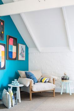turquoise feature wall