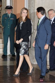 Queens & Princesses - Queen Letizia attended the launch of a guide to prevention against cardio vascular targeting women that took place in Madrid.