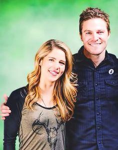 Stephen Amell & Emily Bett Rickards