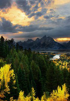 Snake River Overlook, Grand Teton National Park; photo by Dave McEllistrum