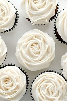 white roses, wedding ideas, wedding cupcakes, wedding photos, wedding cakes