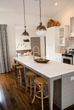 this kitchen makeover is STUNNING