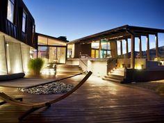 Contemporary outdoor decking - New Zealand