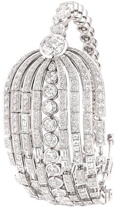"Chanel ""Fontaine"" bracelet in 18-karat white gold... 