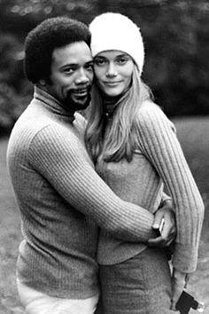 I love mixed families!  Quincy Jones & Peggy Lipton, parents of actress Rashida Jones.