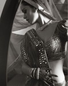 Bride with jewelry from Tanishq