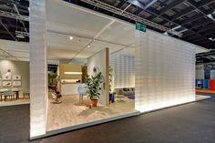 boxwall with light