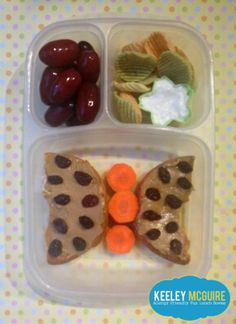 Lunch Made Easy: @Udi's Gluten Free Foods Bagel with #SunButter & Raisins ~ Fun School Lunch Ideas for Kids  {Allergy Friendly} Gluten, Peanut, & Tree Nut Free with Dairy Free Notes on Link