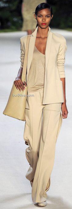 fashion, akri ss, trouser suit, spring summer, outfit, akri spring, neutral