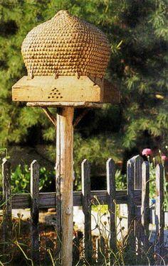 veggie gardens, beekeep, beeskep, beehive, annak