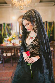 Day of the Dead wedding // photo by Vanessa Velez // http://ruffledblog.com/dia-de-los-muertos-wedding-ideas