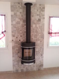 Salon on pinterest wood burning stoves salons and liatorp - Idee deco cagette bois ...